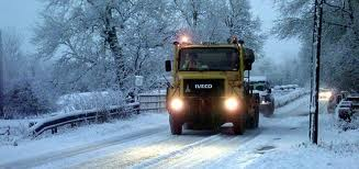 Gritting lorry salting the roads