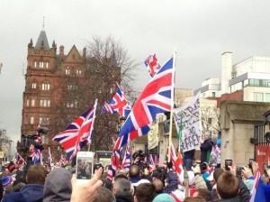 Loyalists gather weekly at Belfast City Hall