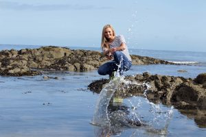 Former Miss NI Tiffany Brien gets in some practice for the World Stone Skimming Championships. PIC: Presseye