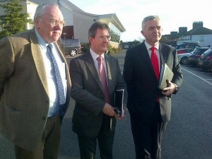 Jeffrey Donaldson (centre) with Rev Mervyn Gibson (left) and Jonathan Bell at Haass talks meeting in Stormont Hotel