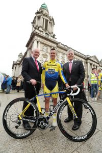 First Minister Peter Robinson and deputy First Minister Martin McGuinness pictured with Elite cyclist Nicholas Roche at the Giro d'Italia opening ceremony at the City Hall.