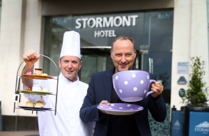 Photo1: Peter Corry & Jay Eisenstadt, Head Chef, Hastings Stormont Hotel. PIC: PRESSEYE