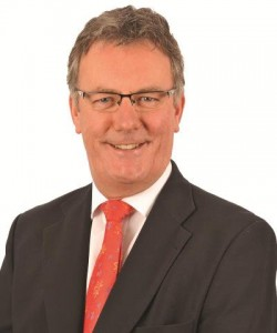 UUP leader Mike Nesbitt says DUP and Sinn Fein heading in reverse over parading