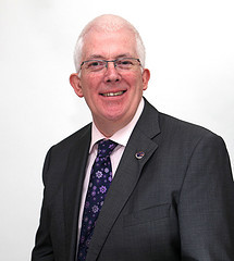 Stewart Dickson MLA condemns paramilitary attacks in Carrick on Monday night