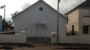 Bellaghy Orange Hall was attack with green and yellow paint