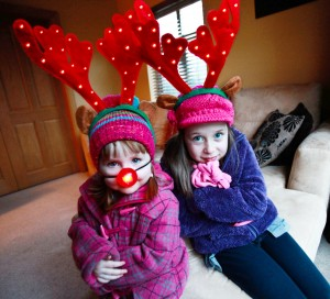 Hollie (4) and Katie (8) McCrory are all set to keep cosy this Christmas thanks to leading energy provider Power NI's festive energy tips,