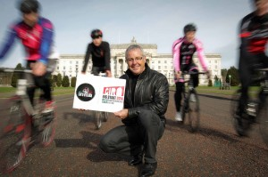 irish cyclist Stephe Roche flies in for NITB launch to boost visitors at Grand Partenza in May