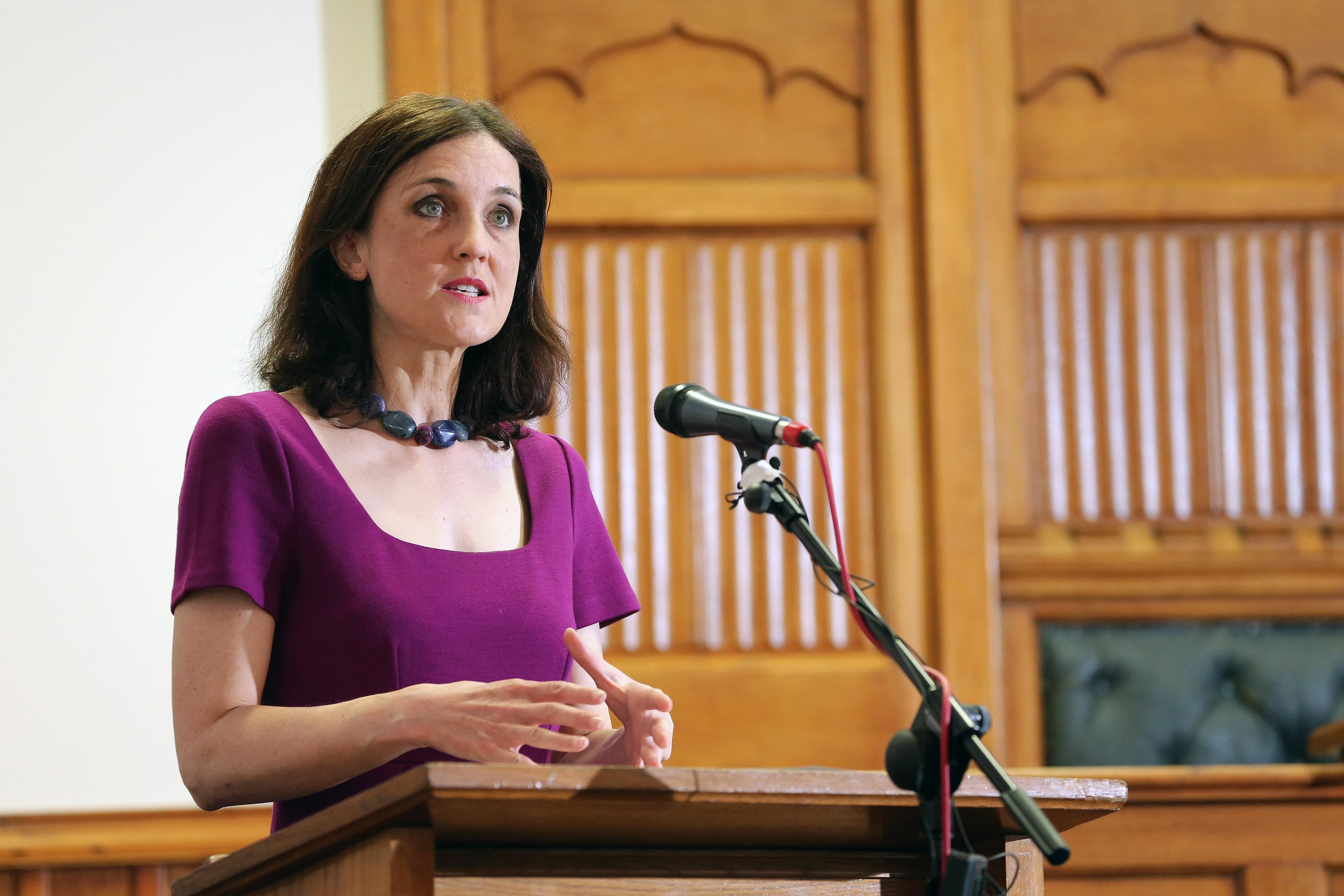 NI Secretary of State Theresa Villiers announces panel of experts over north Belfast parade dispute