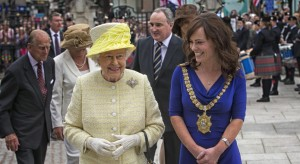 The Queen and Lord Mayor Nicola Malon