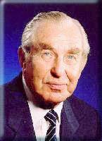 Former Israeli president Chaim Herzog