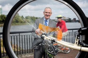 Roads Minister Danny Kennedy invites public opinion on draft Bicycle Strategy