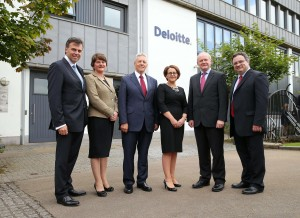 Peter Robinson and Martin McGuinness are pictured with Enterprise, Trade and Investment Minister Arlene Foster, Employment and Learning Minister, Dr Stephen Farry and Consulting Partner, Deloitte Jackie Henry and Chief Executive of Invest NI, Alastair Hamilton