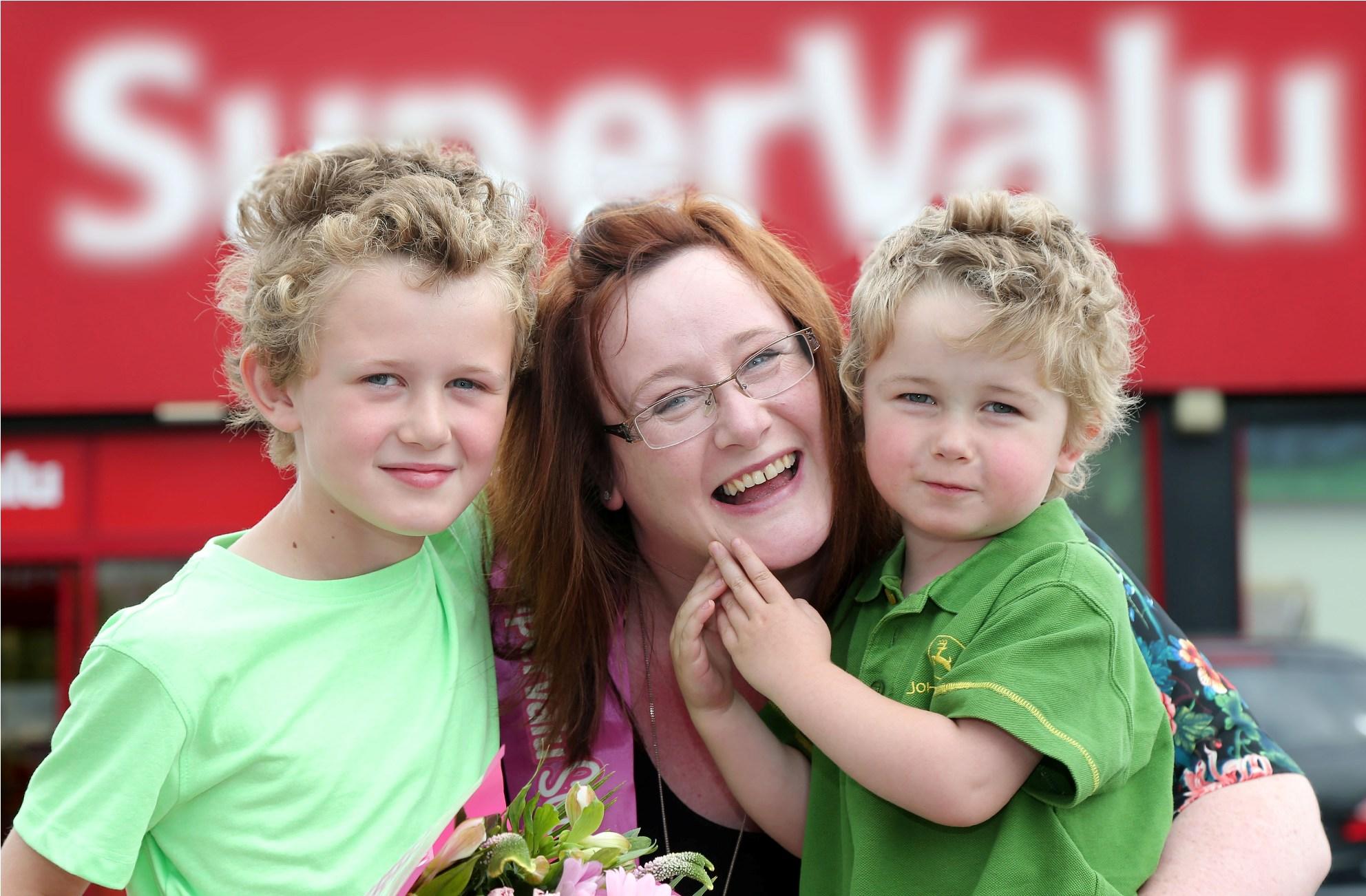 SuperValu  Fintona - Jennifer Keys and children Alex (10) and Alfie (3). PIC: DARREN KIDD/PRESSEYE