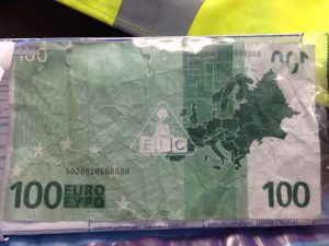 The kiddies shop €100 note that is in circulation