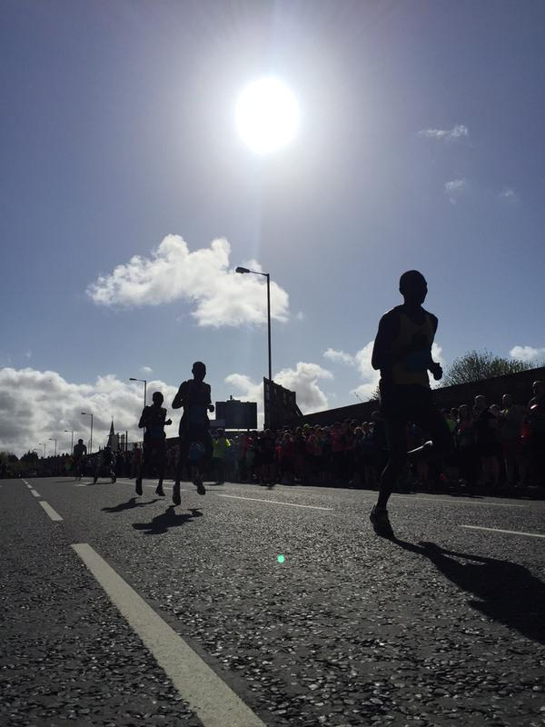 The front runners setting the pace at the Belfast City|Marathon this morning in east Belfast