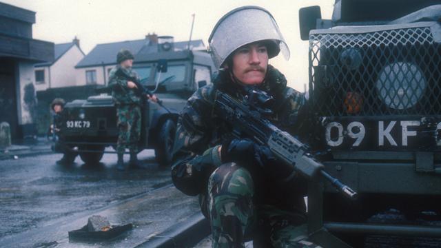 British soldiers on patrol NI 1