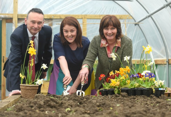 Alpha event: L to R Liam McDonald, Alpha Resource Management, Paula Quigley CEO Groundwork NI and Junior Minister Jennifer McCann put their gardening skills to good use as The Alpha Programme marks investing over £3.3 m to local community and bio diversity projects within a 10 mile radius of the Mullaghglass Landfill site.