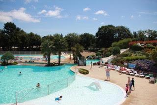 La Grand Metaire pool complex
